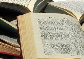 What Is Traditional Grammar, what does it do In Linguistics