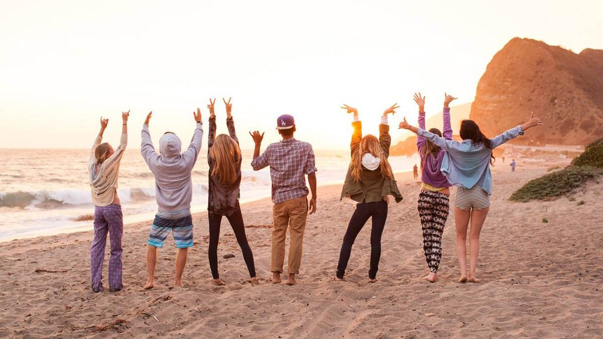 10 Facts,Why High School Friends Are Always True Friends