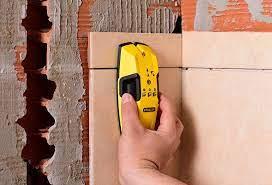 How to know if there is a pipe in a wall of my house